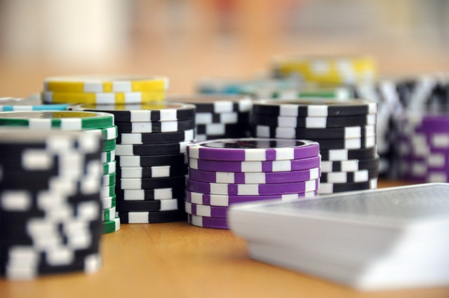 How do I play online real-money slots?